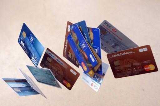 亞洲家庭債務增長快速 若利率調升恐落入債務深淵 | 鉅亨網 - 景氣