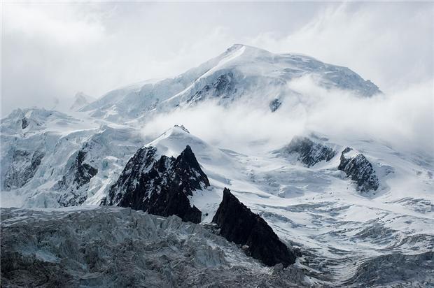 白朗峰對登山者有著致命吸引力