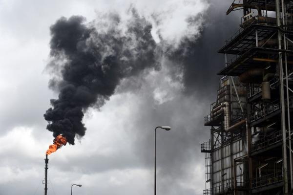 位於尼日河三角洲附近的奈及利亞煉油廠。(來源:AFP)