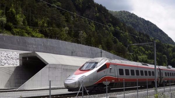 全球最長鐵路隧道通車 為防恐襲 瑞士2000兵戒備
