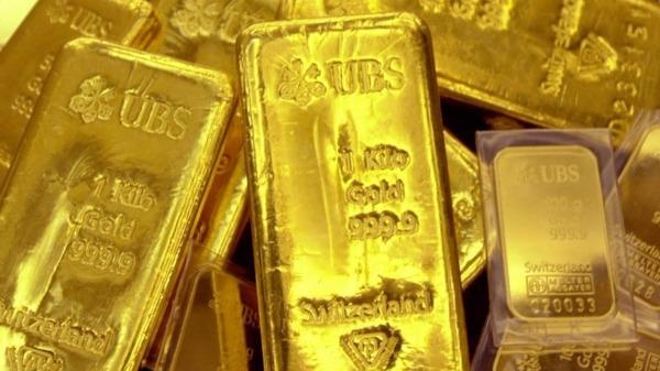 黃金笑迎美升息路止步 短期英國脫歐風險或讓金價再上攀