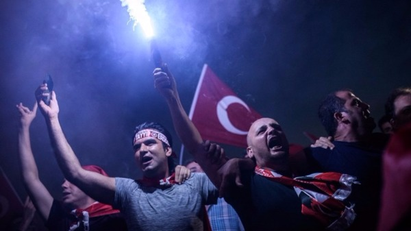 土耳其政變迅速落幕 專家稱投資人將權衡風險 其他新興市場反受惠