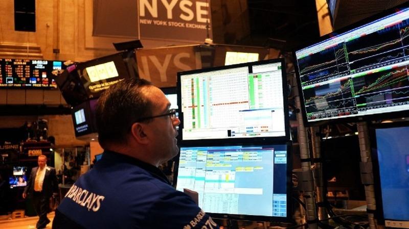 美股CAPE本益比已來到史上第10高的水準。(圖片來源:AFP)