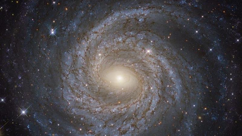 科學家發現銀河系周圍存在數百個隱藏星系。  (圖:AFP)