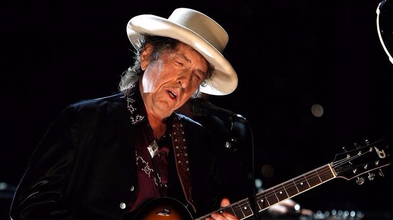 Bob Dylan奪諾貝爾文學獎。  (圖:AFP)