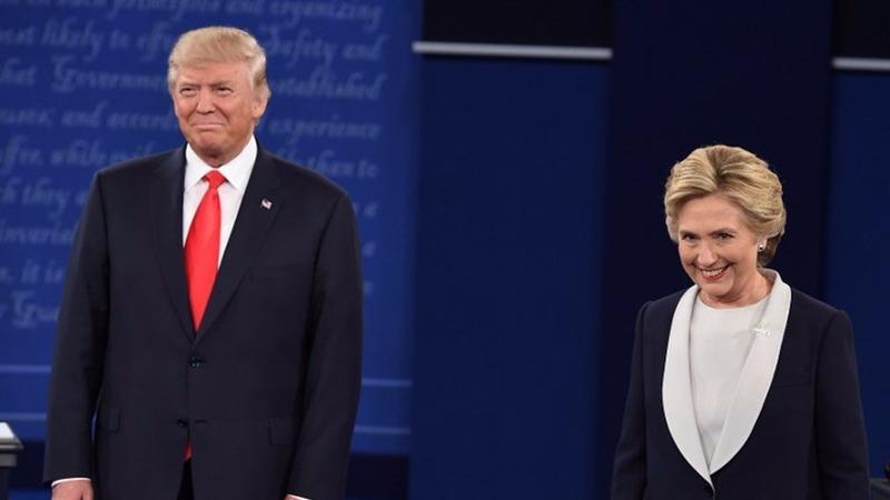川普和希拉蕊在第2場辯論上火力全開。  (圖:AFP)