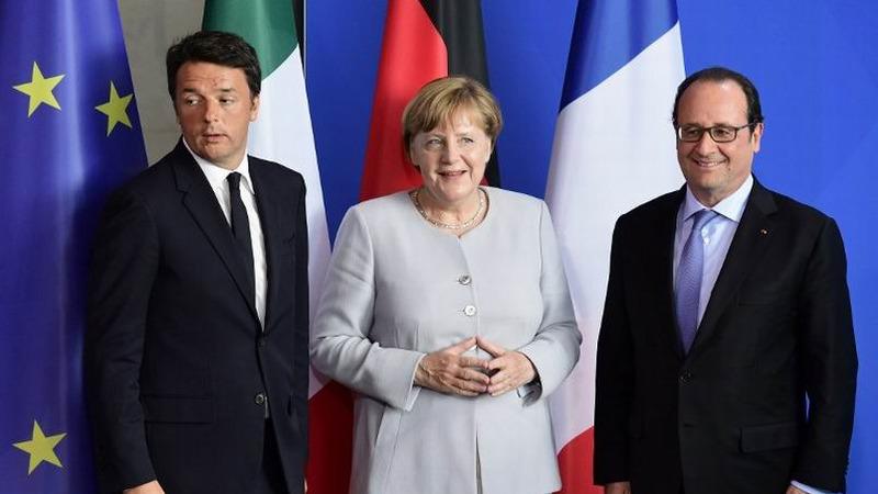 左起義大利總理倫齊、德國總理梅克爾、法國總統奧朗德      (圖:AFP)