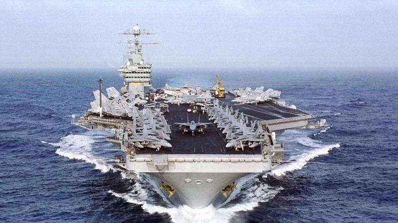 「艾森豪威爾號」 航母戰鬥群目前已返回諾福克海軍基地。(圖:AFP)