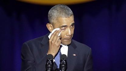 歐巴馬在告別演說中,激動落淚。  (圖:AFP)
