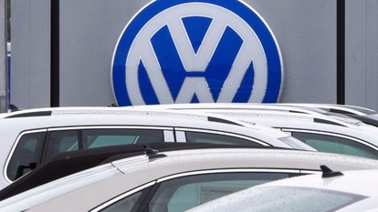 又陷「 排氣造假」醜聞,大眾汽車願付43億美元罰款和解。  (圖:AFP)