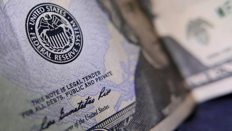 川普記者會未提重要政策美元持續走貶。(圖:AFP)
