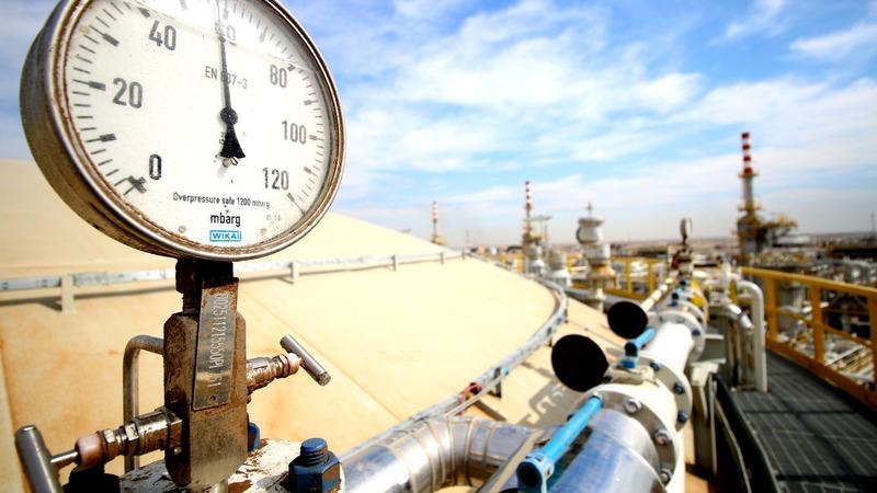 德國商業銀行分析師指需要正式數據證明產油國真的有減產。 (圖:AFP)