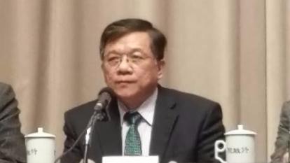 經濟部長李世光今日到行政院報告綠能科技產業創新推動方案。(鉅亨網記者宋宜芳攝)