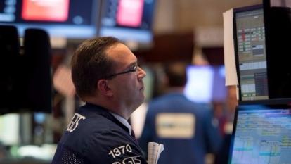 圖:AFP  美國股市中場大多走低