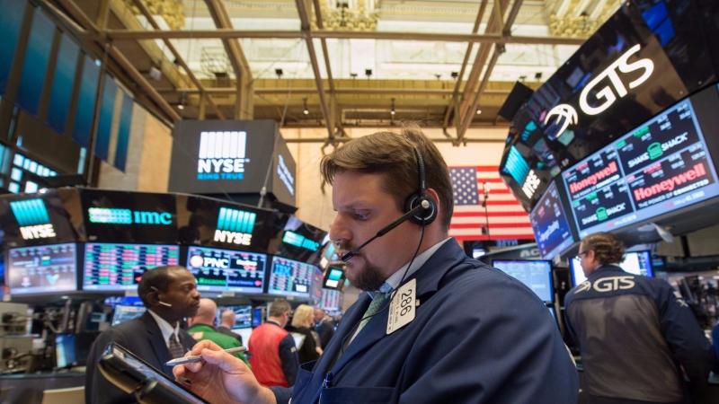 圖:AFP  美國股市週一漲跌互見