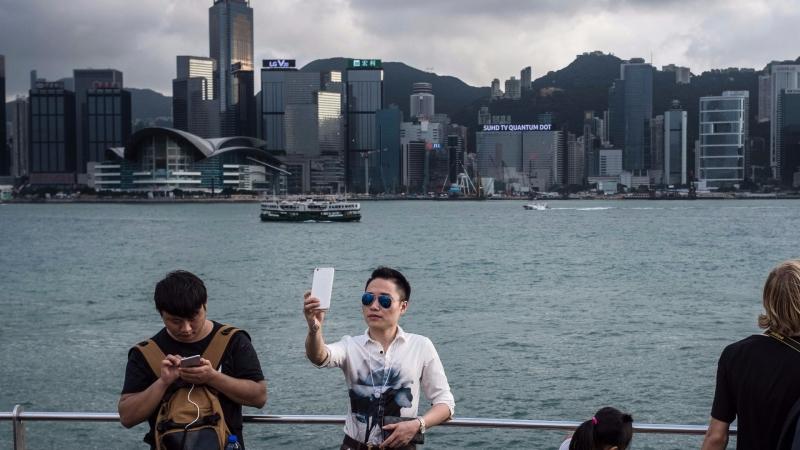 圖:AFP 中國富人半數有意移民海外