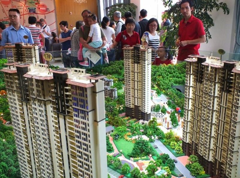 中國6月份大中城市房價均下跌。  (圖:AFP)