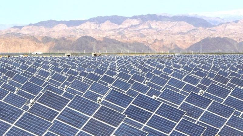 新疆太陽能發電  (圖:AFP)