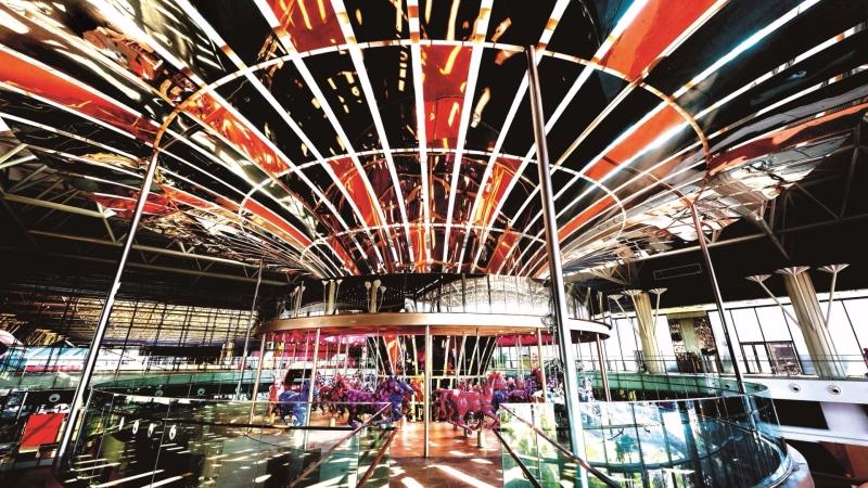 新光三越重慶店亮相 高樓層首見設置夢幻樂園