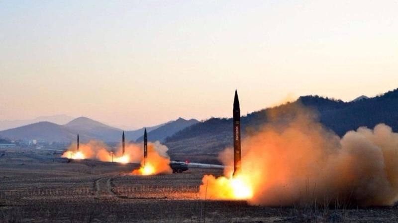 北韓擬8月射4枚中程導彈,飛越日本,落在關島30-40公里外海域。  (圖:AFP)