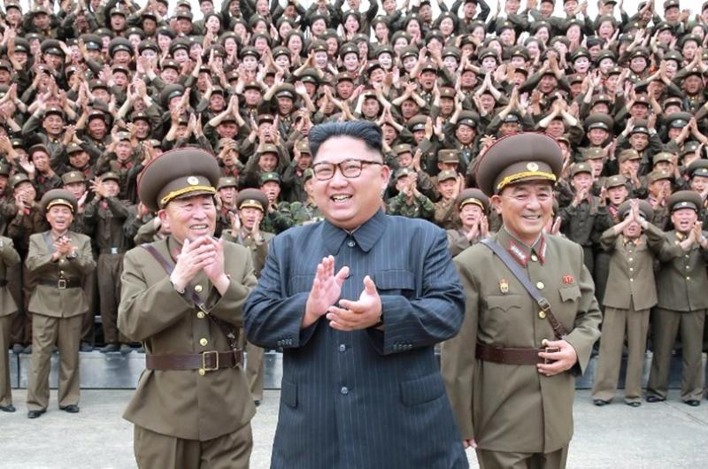 強化北韓的威嚇力,對金正恩來說,這是強化他的政治權力及統治合法性的方法。 (圖:AFP)