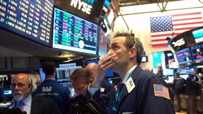 股票交易員表示,月食和日食與股市升跌有關,更警告美股可能會大跌。  (圖:AFP)