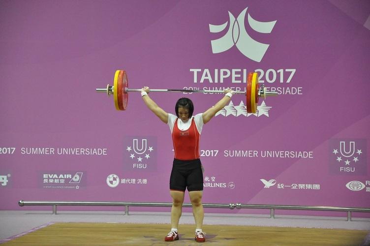 ▲朝鮮選手林貞心抓舉106公斤,突破大會紀錄。(圖/林暐凱攝 , 2017.08.22)