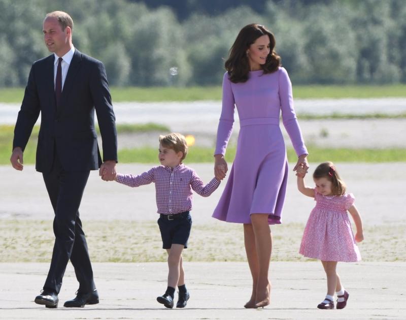 威廉王子家人合照 (圖:AFP)