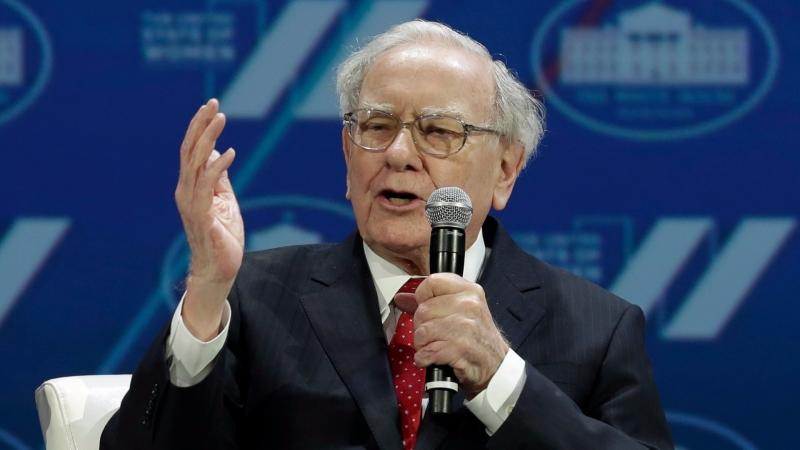 巴菲特要投資人遠離比特幣(圖:AFP)