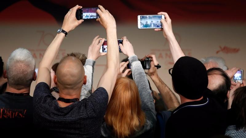 蘋果預計週二 (12 日) 揭曉十週年全新 iPhone 。(AFP)