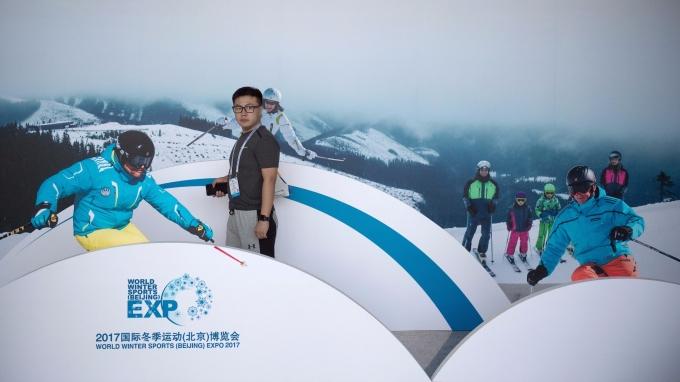 2017國際冬季運動北京博覽會,中國官方認為冬奧舉辦將推升冰雪產業於2025年冰雪產業總規模突破上兆人民幣。(圖:AFP)