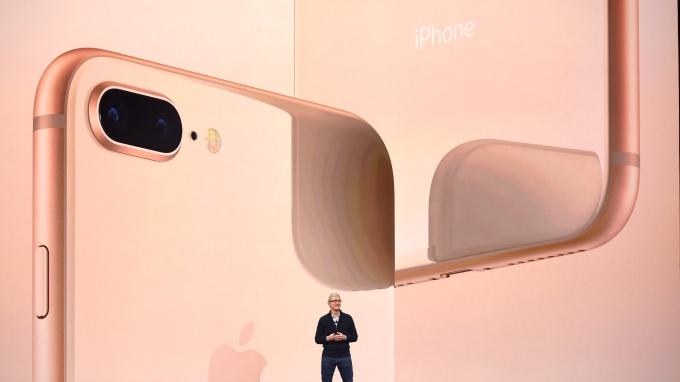 蘋果 12 日舉行新品發表,揭曉 3 款新機。(AFP)