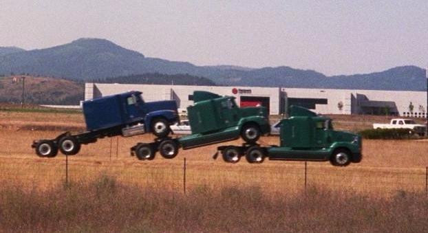 拖曳卡車是馬斯克的新目標      (圖取自維基百科)