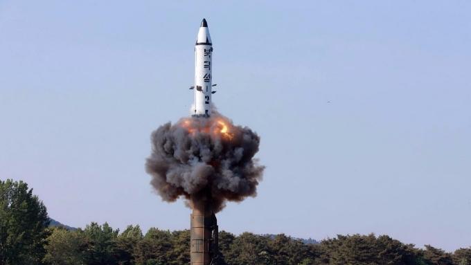 北韓屢次試射飛彈,主要股匯市卻不受影響,因為中國經濟在支撐大局。(AFP)