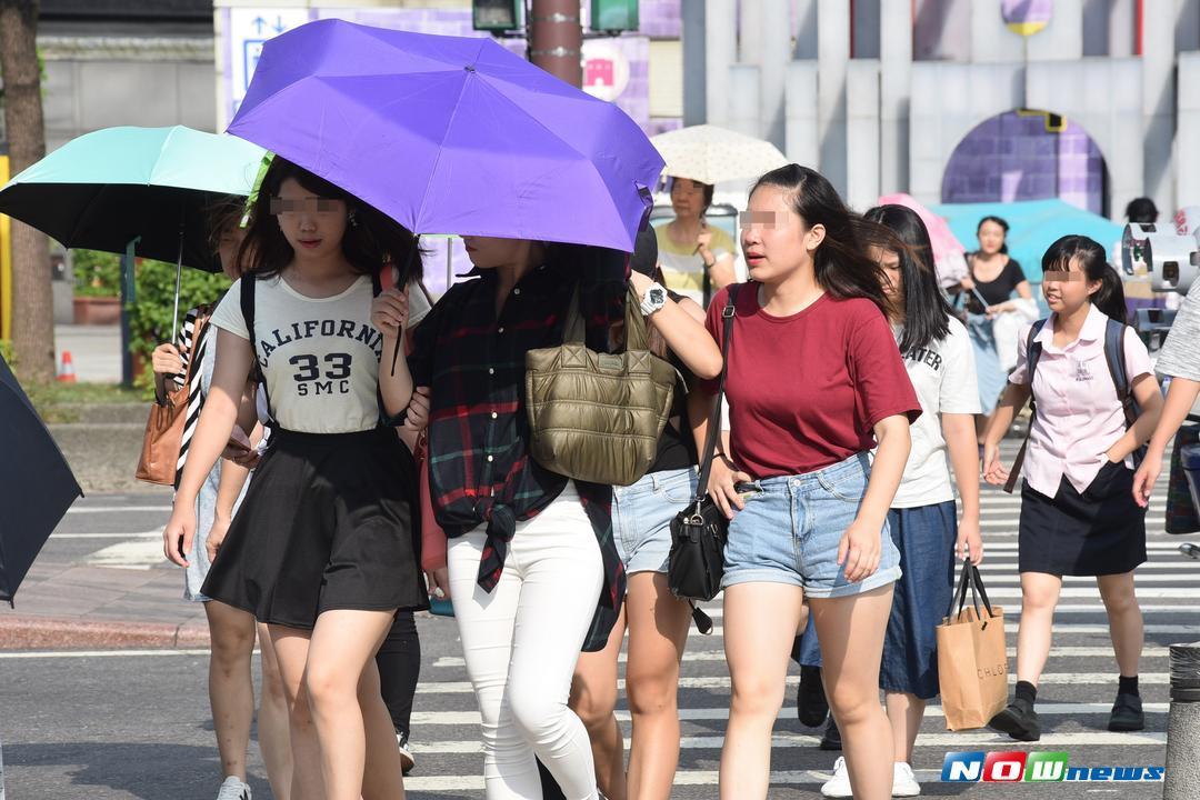 明(17)日仅东半部及北部山区有局部短暂阵雨,其他地区及金门、澎湖为多云至晴天气。(图/NOWnews)