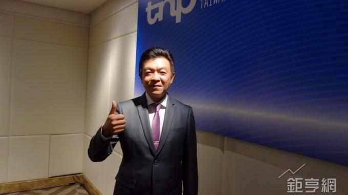 台灣銘板董事長王挺榮。(鉅亨網記者張欽發攝)