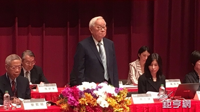 〈張忠謀退休〉明年6月生效 劉德音接任台積董座 魏哲家任總裁