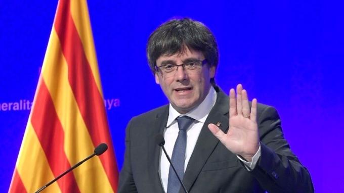 加泰隆尼亞總統普吉德蒙暗示可能在一周內單方面宣布獨立。 (圖:AFP)