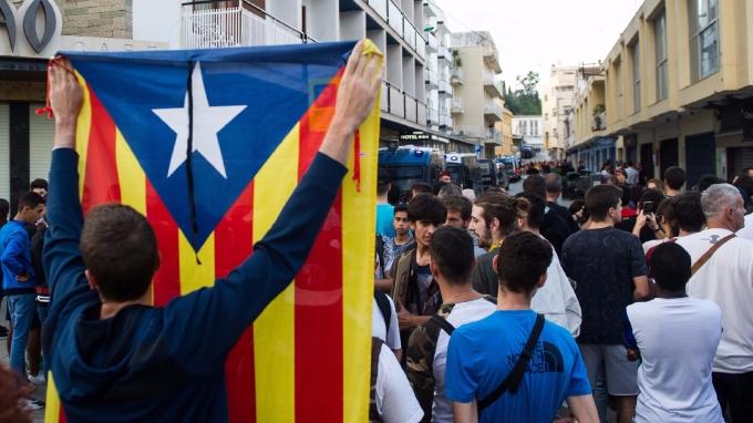 法國率先表態,說不會加泰隆尼亞獨立,如一意孤行將被逐出歐盟。(AFP)