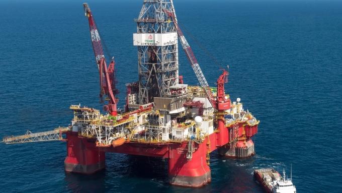 圖:AFP 分析師預期 短期內 原油難上漲至每桶60美元