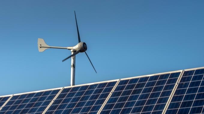 團結力量大,太陽能台廠出組合拳與中國相抗衡。(圖:AFP)