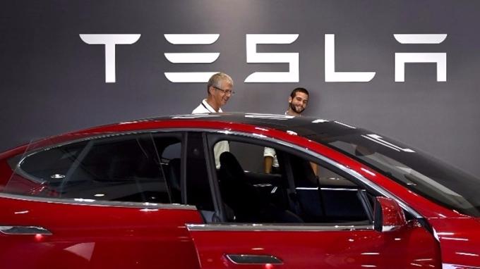 傳上海政府已與Tesla達成協議,容許其在上海自由貿易區建獨資工廠。 (圖:AFP)