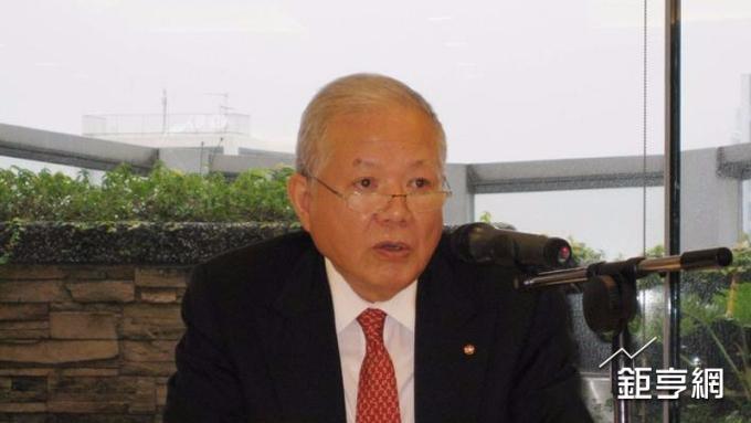 永豐金前董座何壽川遭解職 竟還當證交所董事
