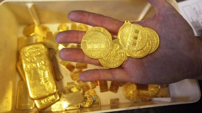 分析師認為,美國聯準會主席如果泰勒當選,黃金壓力最大。(圖:AFP)