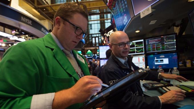 高盛警告美股恐至成長頂峰 (圖:AFP)