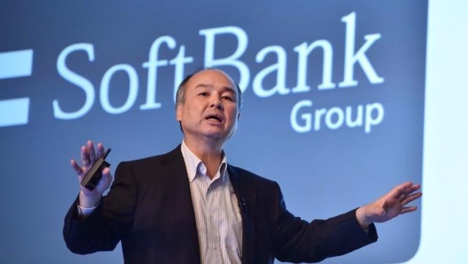 軟銀將投資百億美元收購優步      (圖:AFP)