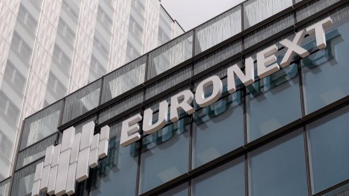 圖:AFP 歐洲股市週一收低
