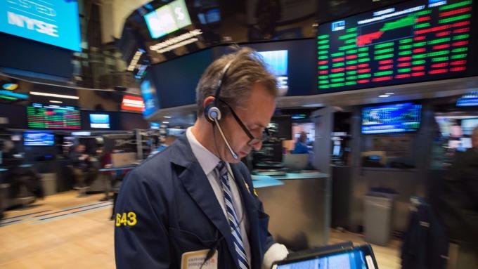 圖:AFP  美國股市盤前進行整理