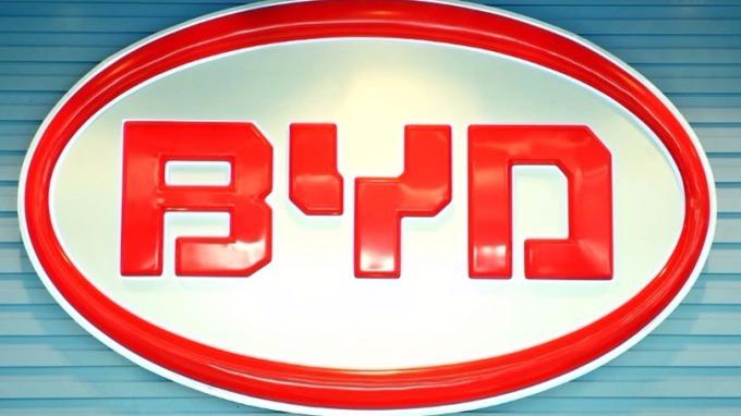 比亞迪計劃明年在加大設首間電動貨車工廠。 (圖:AFP)