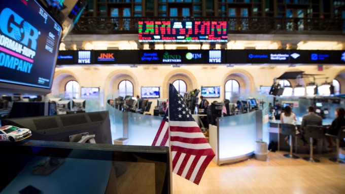 圖:AFP 美國股市週四大漲 思科與Wal-Mart財報提供了利多